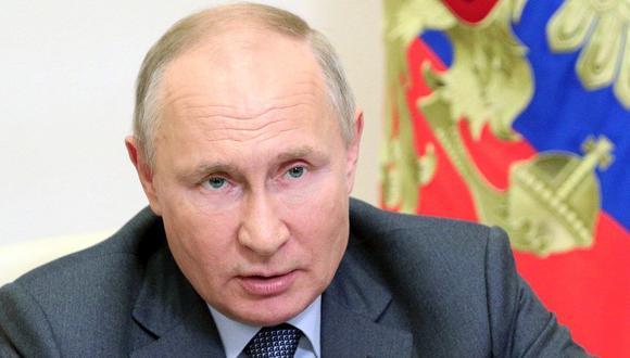 El presidente de Rusia, Vladimir Putin, participó del Foro Económico Internacional de San Petersburgo, donde anunció los próximos proyectos de su país en relación a las vacunas contar el coronavirus. (Foto de archivo: EFE/EPA/SERGEY ILYIN / KREMLIN)