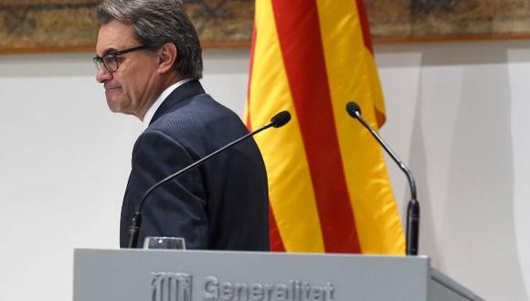 Cataluña tendrá nuevo gobierno independentista sin Artur Mas