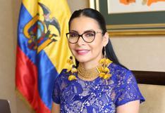 """Elecciones en Ecuador se cerraron en """"absoluta paz"""", dice presidenta del CNE"""