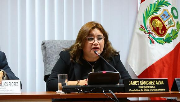 La presidenta de la Comisión de Ética, Janet Sánchez, dijo que cada miembro de su familia es responsable de sus propios actos. (Foto: Congreso)