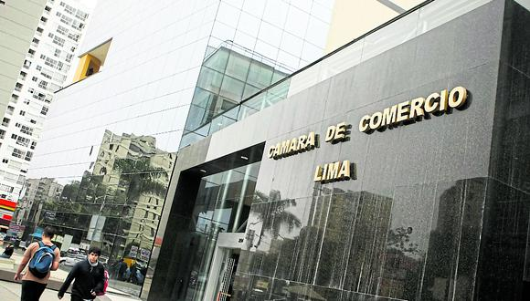 La CCL pidió que el ministro Carlos Oliva aclare las declaraciones formuladas por el ministro de Justicia respecto a un cambio de política económica. (Foto: GEC)