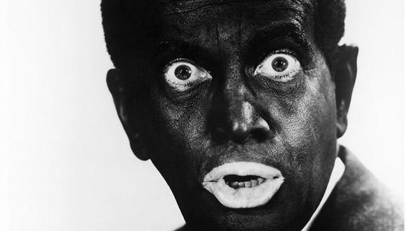 """El cantante estadounidense Al Jolson (1896 - 1950) usaba maquillaje """"blackface"""" en los años 30. Foto: Silver Screen Collection/ Getty Images, via BBC Mundo"""