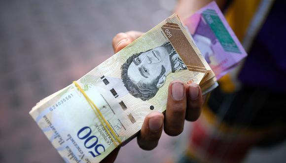 El precio del dólar terminó la semana pasada al alza. (Foto: AFP)