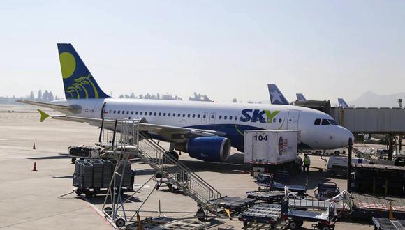 """Sky Airline: """"Tenemos planes de contigencia ante la huelga"""""""