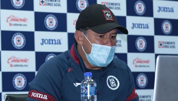 Juan Reynoso consiguió su primer triunfo como entrenador de Cruz Azul | Foto: @CruzAzulCD