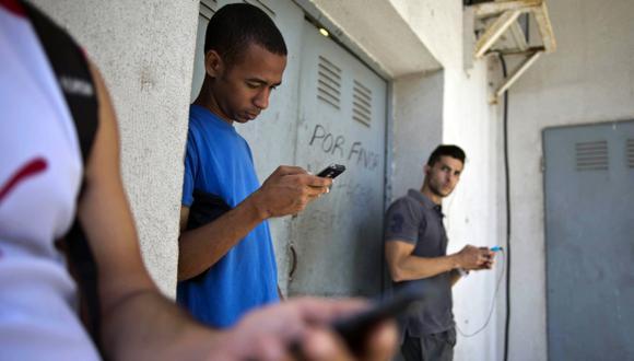 Cuba amplía acceso a Internet con aumentando puntos de Wi Fi