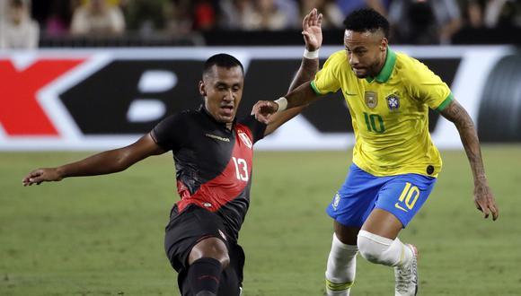 Perú venció a Brasil en un amistoso de setiembre del año pasado. (Foto: AP)