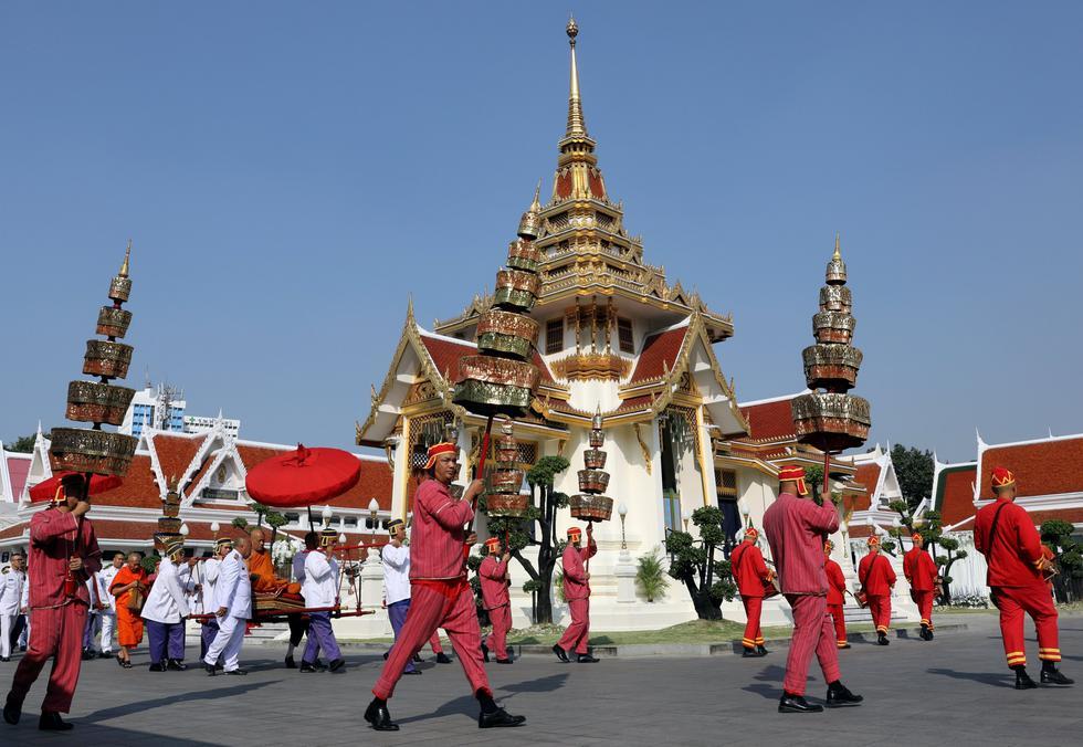"""Funerales budistas en Bangkok para el """"salvador del Leicester""""   (Foto: Reuters)"""