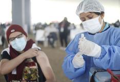 Vacunación a menores de 12 a 17 años: ¿por qué ha generado discrepancias entre el Minsa y las regiones?