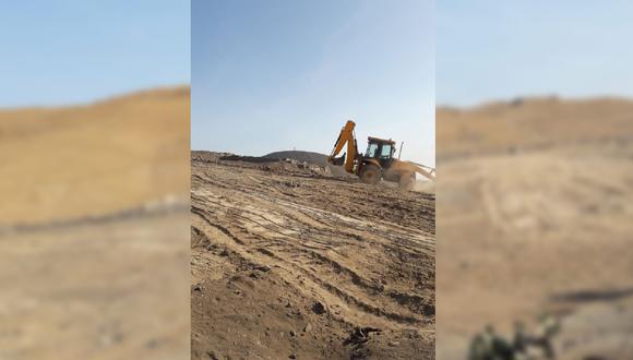 La imagen muestra maquinaria pesada en la zona arqueológica. (Foto: Zona Arqueológica de Caral)