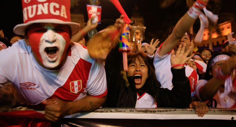 La selección peruana disputará este viernes 12 un partido amistoso contra su similar de Chile en Estados Unidos. ¿Cuál suele ser su gasto promedio al acompañar al equipo a otros países? (Foto: USI)
