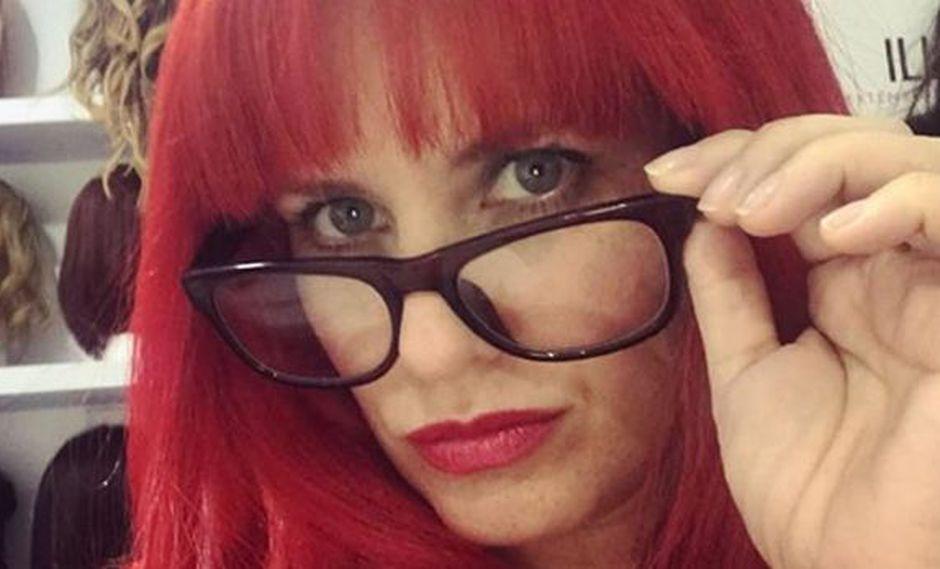 Rossana Fernández Maldonado en un look con el cabello rojo. (Foto: Instagram)