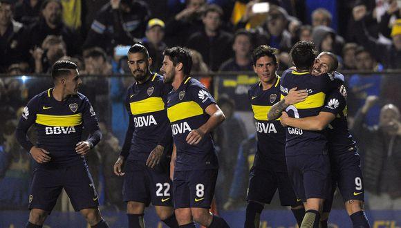 Boca Juniors viene afianzando su liderato en el fútbol argentino con tres goles ante Independiente de Avellaneda en un partido clave.(AFP)