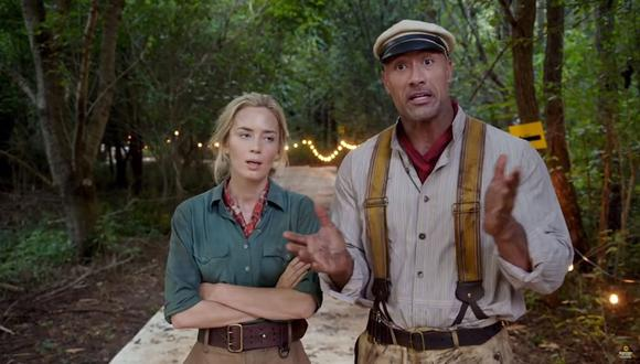 "Dwayne Johnson y Emily Blunt en ""Jungle Cruise"". (Captura de pantalla)"