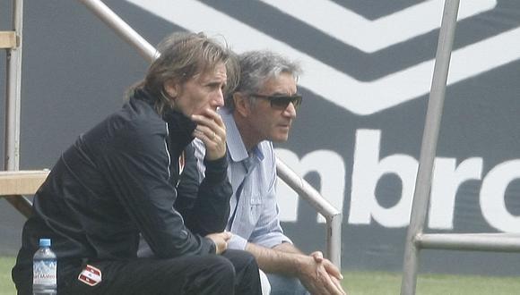 Juan Carlos Oblitas dijo que el entrenador de la Selección ya quiere iniciar los trabajos en La Videna. (Foto: GEC)