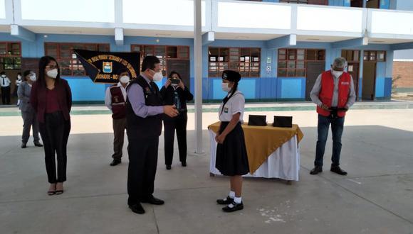Lambayeque: entregan tablets a escolares del distrito de Mochumí (Foto: Gore Lambayeque).