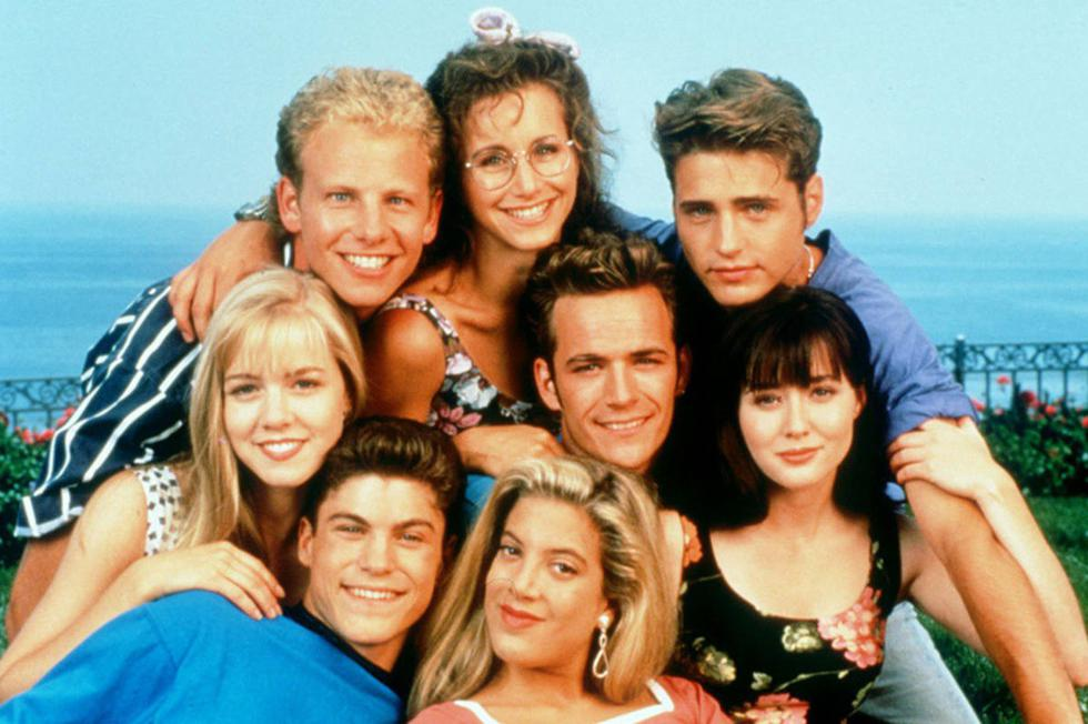"""Un 4 de octubre de 1990 se estrenó la serie """"Beverly Hills, 90210"""". En esta galería, te mostramos cómo lucen sus protagonistas a 30 años del inicio. (Fotos: Difusión/ AFP)"""