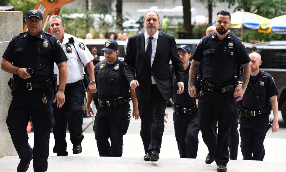 Decenas de mujeres han acusado a Weinstein de agresión sexual. | Foto: AFP