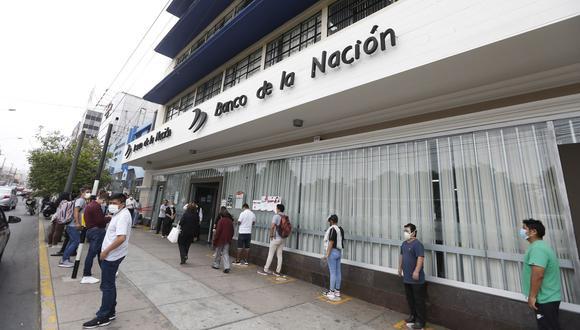 """El Gobierno ha puesto a su disposición una plataforma virtual para que ciudadanos verifiquen si son beneficiarios del """"Bono 600 soles″. (Foto: Andrés Paredes / GEC)"""