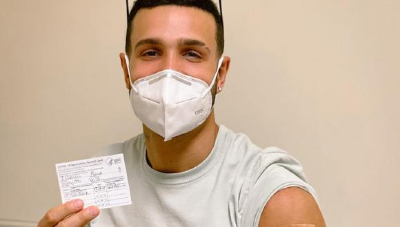 Mario Irivarren se vacunó contra la COVID-19. (Foto: @marioirivarren).