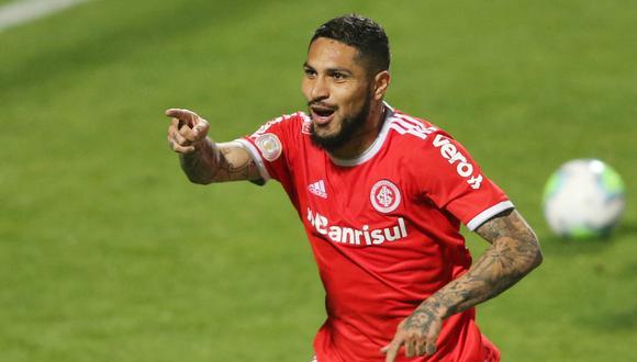 Paolo Guerrero no pudo estar en el Perú vs Brasil por suspensión. (Foto: Reuters)
