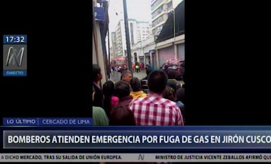 También se reporta una posible fuga de gas.(Video: Canal N)