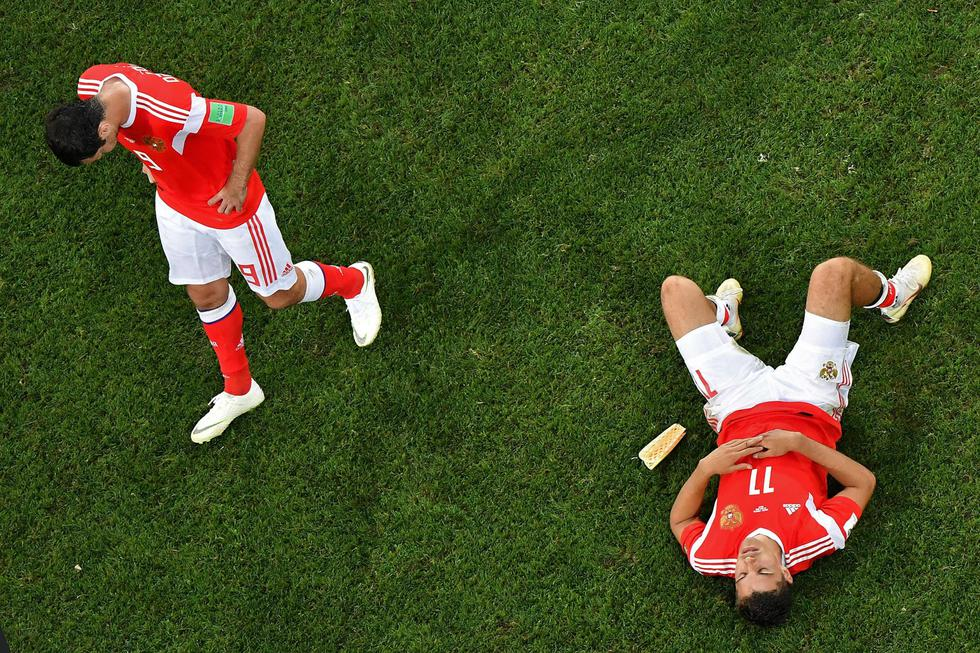 Los futbolistas rusos lamentaron su eliminación. (Foto: AFP)