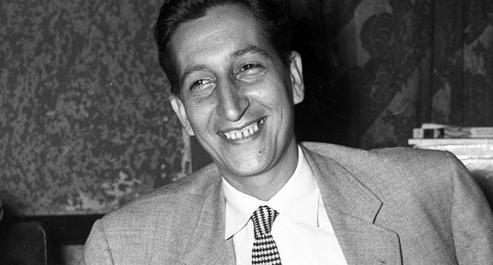 Sebastián Salazar Bondy, autor de 'Lima la horrible', recibió homenaje en 1960. Foto: GEC Archivo Histórico