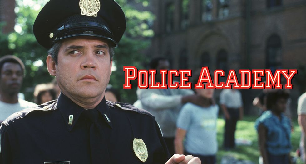 Police Academy - 30 de abril