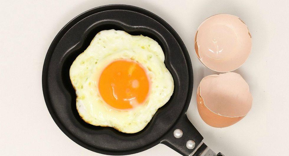 Para un huevo frito es conveniente elegir una sartén más pequeña que grande. (Pixabay)