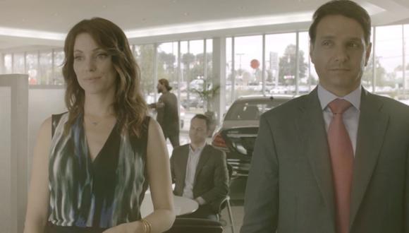 """El amor entre """"Amanda"""" y """"Daniel LaRusso"""" estaría por acabar tras el ingreso de un nuevo personaje en la nueva temporada de Cobra Kai. (Foto: Captura de YouTube)."""