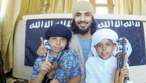 Secuestró a sus hijos para enrolarlos en el Estado Islámico
