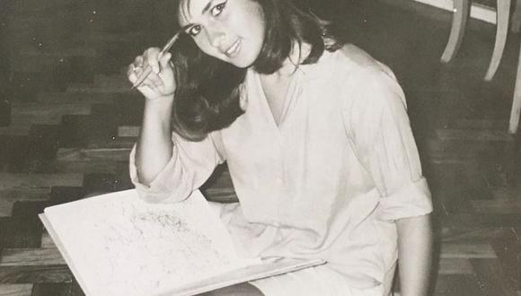 Helô Pinheiro, la joven que inspiró la canción Garota de Ipanema. (www.garotadeipanema.com.br)