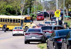 Tiroteo en una escuela secundaria de Tennessee deja al menos un muerto y un policía herido
