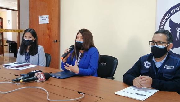 Los detalles fueron brindados a través de una conferencia de prensa, donde participaron Janet Lizárraga Valer, directora de la Diresa Apurímac, y el director regional de Epidemiologia, Moisés Huaraca. (Foto: Carlos Peña)