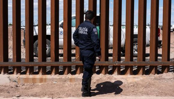 Policía fallecido fue identificado como Óscar Iván Rincón Castellanos; además, otros dos agentes también resultaron heridos en la carretera del suroriental estado de Chiapas, en México. (Foto referencial: AFP / Guillermo Arias)