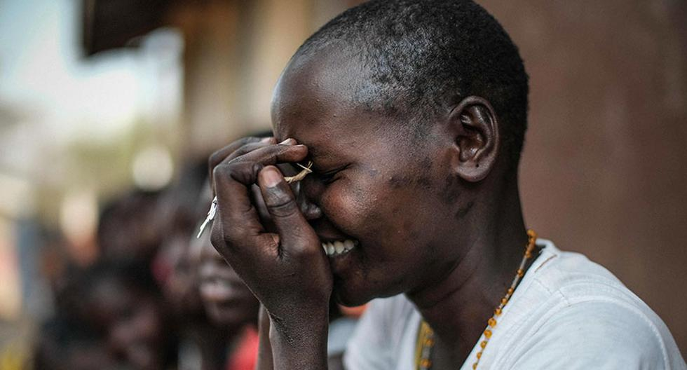 A student of Kalas Girl's primary school, which hosts escaped girls from female genital mutilation (FGM) and child marriage, reacts in Amudat town, northeast Uganda, on January 31, 2018.  The UN estimates that over 200 million girls and women have experienced FGM which is a life-threatening procedure that involves the partial or total removal of a woman's external genitalia. February 6, 2018, marks the 6th International Day of Zero Tolerance for FGM. / AFP / Yasuyoshi CHIBA