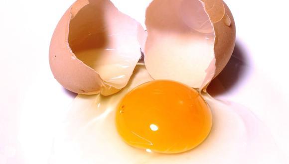 Según algunos pediatras, es beneficioso pasar el huevo porque su temperatura puede ser muy estimulante y relajante (Foto: Emir Krasnić / Pixabay)