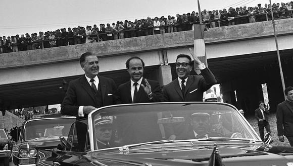 Luis Bedoya fue alcalde de Lima entre los años 1964 y 1969. Su gestión estuvo centrada en modernizar la ciudad siendo su mayor obra la construcción de la Vía Expresa del Paseo de la República, renombrada por el Congreso como Avenida Luis Bedoya Reyes el año 2019 como homenaje por sus 100 años. (Foto: GEC Archivo Histórico)