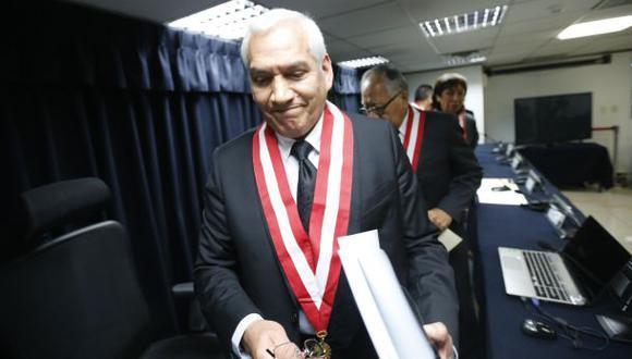 El CNM aceptó la renuncia de Vladimir Paz de la Barra