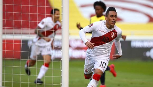Christian Cueva anotó para la victoria de 2-1 sobre Ecuador. | Foto: AFP