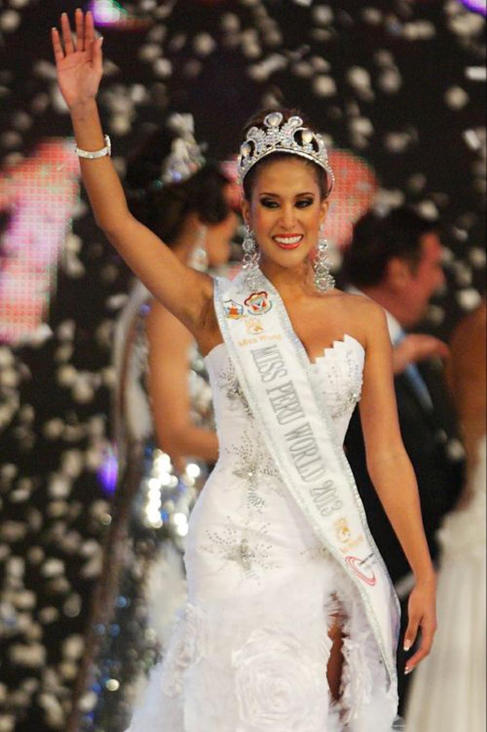 Fue coronada Miss Perú 2012.- Tras difundirse fotografías de la modelo en lencería fue obligada a renunciar a la corona. (Foto: El Comercio/ Félix Ingaruca)