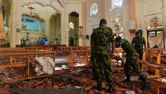 Las autoridades atribuyen el atentado al grupo islamista local National Thowheeth Jama'ath (NTJ) e intentan determinar siEstado Islámico brindó apoyo logístico. (Foto: AFP)