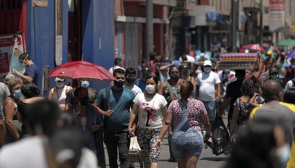"""""""Hemos pasado en un mes y medio de tener un 14% de la población objetiva vacunada, a tener más del 33% de ciudadanos vacunados"""", sostuvo Cevallos. (Foto: Leandro Britto / GEC)"""