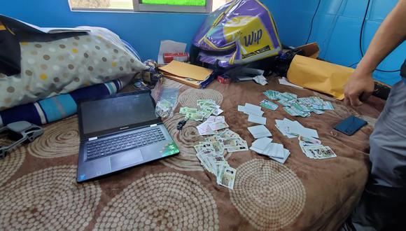 Un total de 300 licencias falsificadas incautó personal de la División de Investigación de Estafas de la Dirincri. (Foto: PNP)
