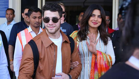 Priyanka Chopra y Nick Jonas participaron en varias celebraciones tradicionales de la India antes de sus dos bodas, con als cuales buscaron incluir tradiciones del este y oeste. Foto: AFP.