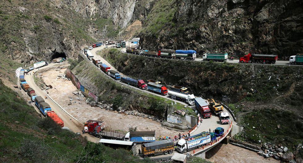 La restricción de vehículos de carga pesada se ejecutará en ambos sentidos de la Carretera Central (Foto: Andina)