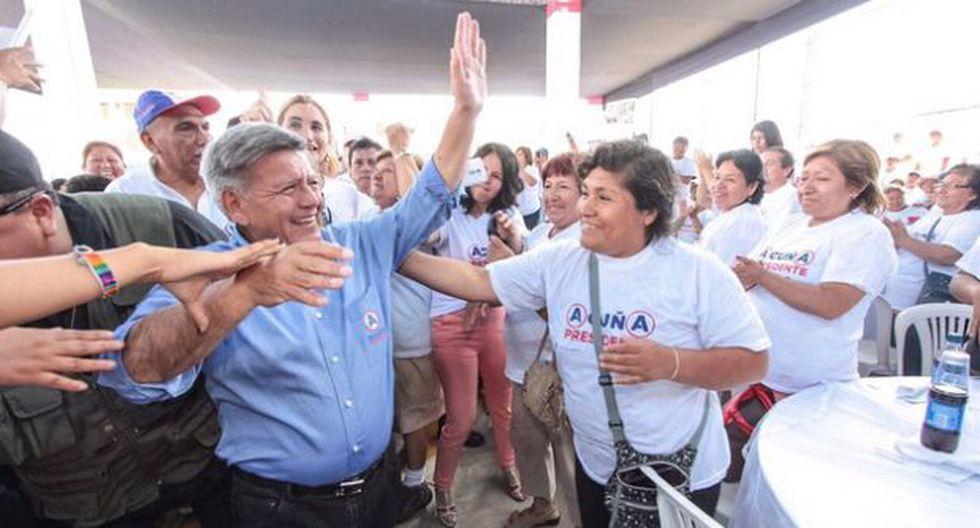 César Acuña desplaza del segundo lugar a PPK, según CPI