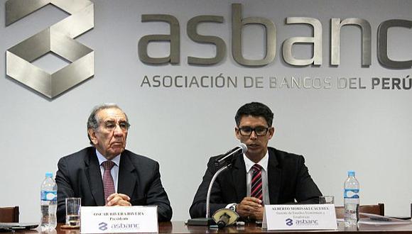 Asbanc pide tres meses más para disminuir créditos en dólares