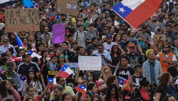 En algunos países como Chile, el malestar está en la frustración de una nueva clase media, desencantada con la élite política, ante subidas en las tarifas de diversos servicios. (Foto: AFP)